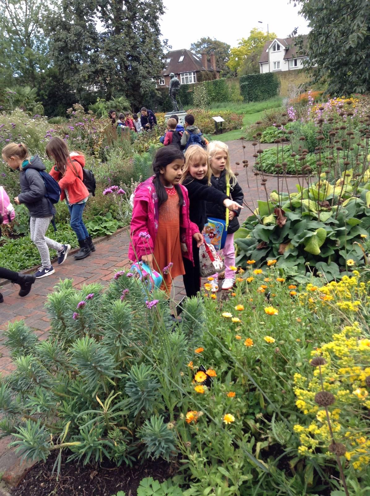 Kew Gardens Phone No: Primrose Hill Primary School