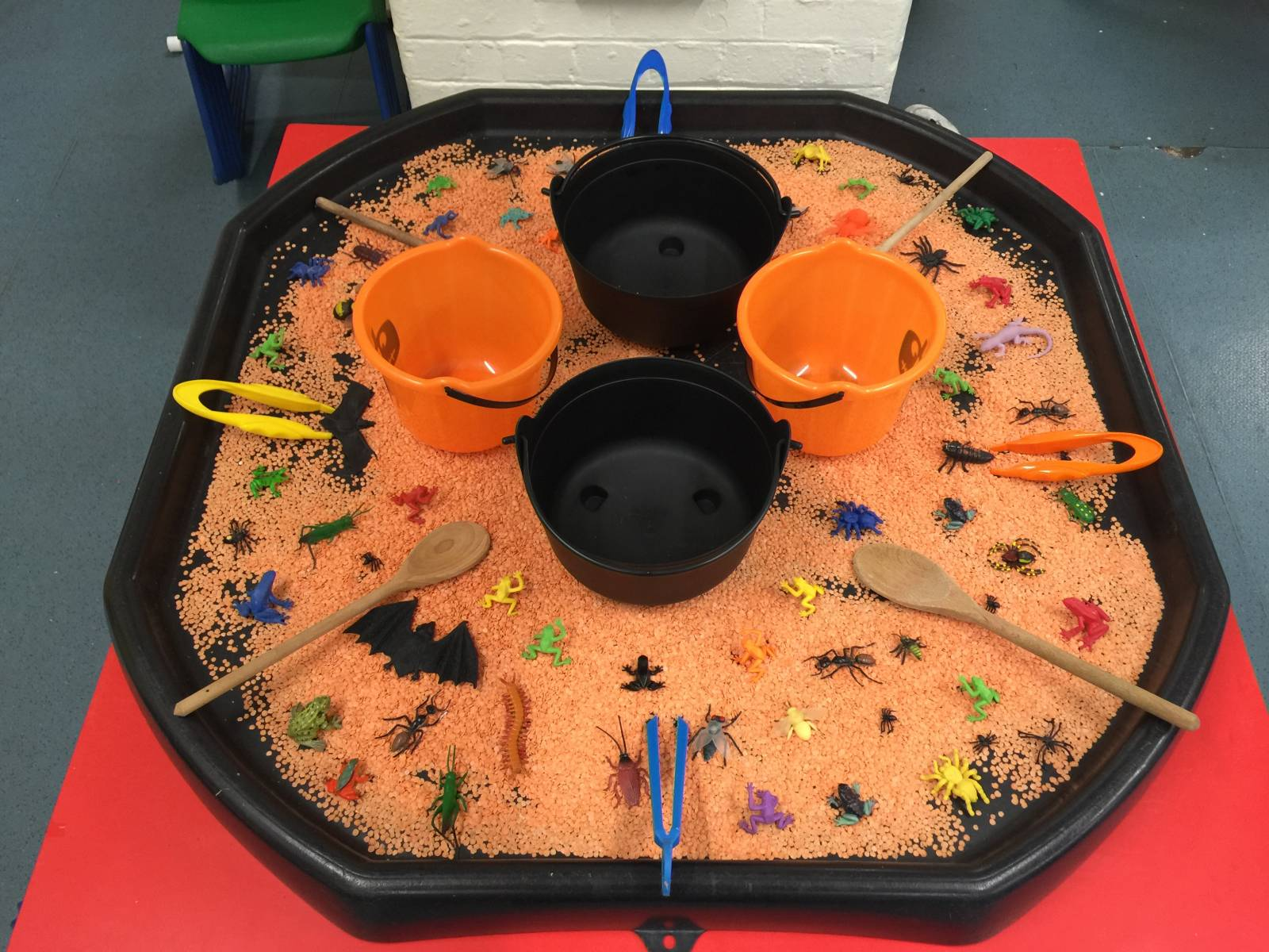 Spooky goings on in Reception - Primrose Hill Primary School